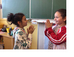 Besser lernen: Kurze Bewegungspausen im Unterricht verbessern die Konzentrationsleistung