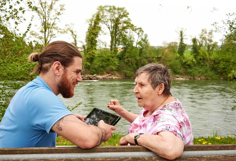 Akustisch-biographische Musikspiegel für Menschen mit Demenz