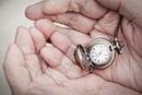 Geistige Leistungsfähigkeit und Wohlbefinden im Alter: Studie belegt positive Veränderungen im Alterungsprozess